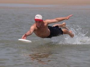 Benno_Dive-Catch_TorbenStodtmeister